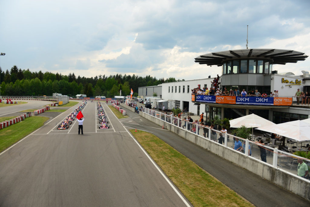 More than 200 drivers for DKM Germany kick-off at Wackersdorf