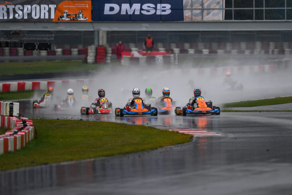DKM: Changing conditions and tight racing at Wackersdorf